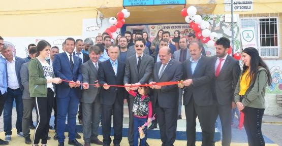 Derik'te  4006  TUBİTAK Bilim Fuarı açıldı