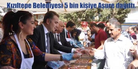 Kızıltepe Belediyesi 5 bin kişiye Aşure dağıttı.