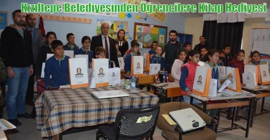 Kızıltepe Belediyesinden Öğrencilere Kitap Hediyesi