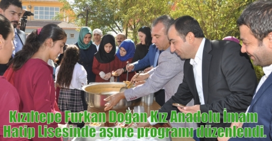 Kızıltepe Furkan Doğan Kız Anadolu İmam Hatip Lisesinde aşure programı düzenlendi.