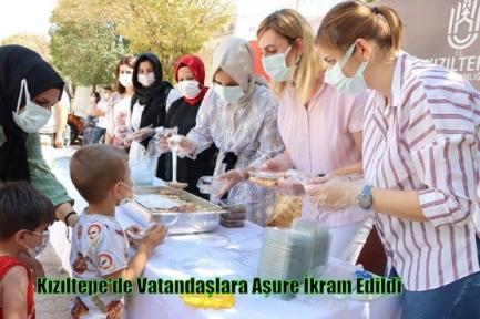 Kızıltepe'de Vatandaşlara Aşure İkram Edildi